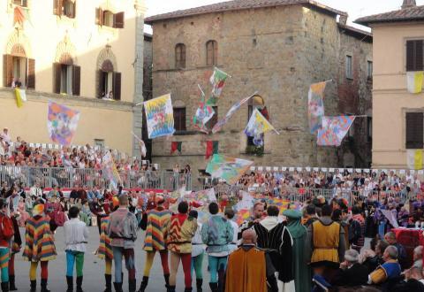 Flagthrowers in Sansepolcro, Palio della Balestra