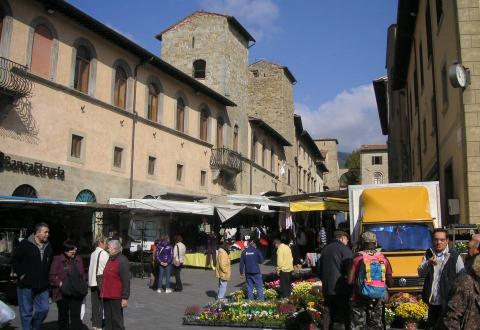 Market day in Sansepolcro
