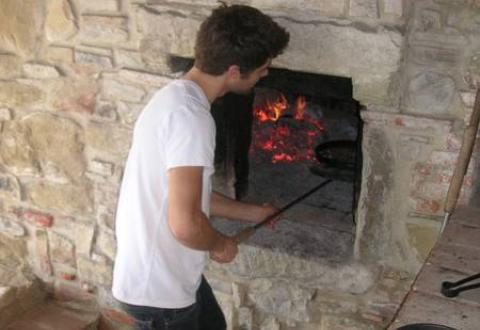 The bread oven in action
